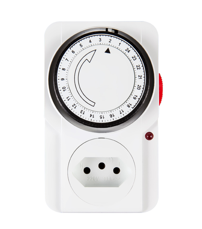 Brazilian Mechanical 24 Hours Timer Socket Plug TB-22A